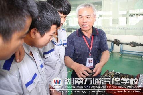 一步一个脚印,湖南万通传授学生实实在在的技术